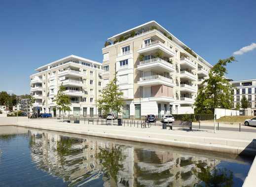 RIVIERA CANNES am BelsenPark: 3-Zi-Wohnung im 3. OG mit Lift. 2 Bäder. Einbauküche. Parkett. Balkon.