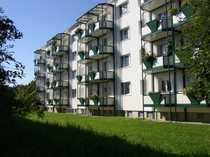 Sanierte 2-Raum-Wohnung mit Badewanne Balkon