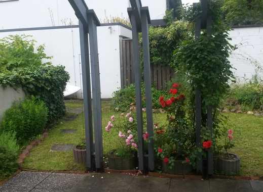 Schöne Terrassenwohnung mit Garten (2,5 ZKB) in Mainz-Lerchenberg - Nachmieter gesucht