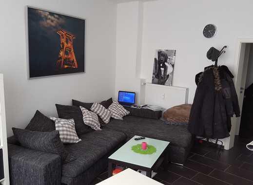 Von privat: Barrierefreie, sanierte 2 Zi-Wohnung mit separatem Eingang, ggü. Stadtgarten