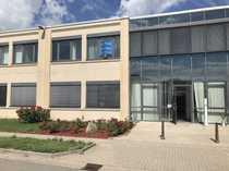 Modernes Bürogebäude mit guter Verkehrsanbindung -