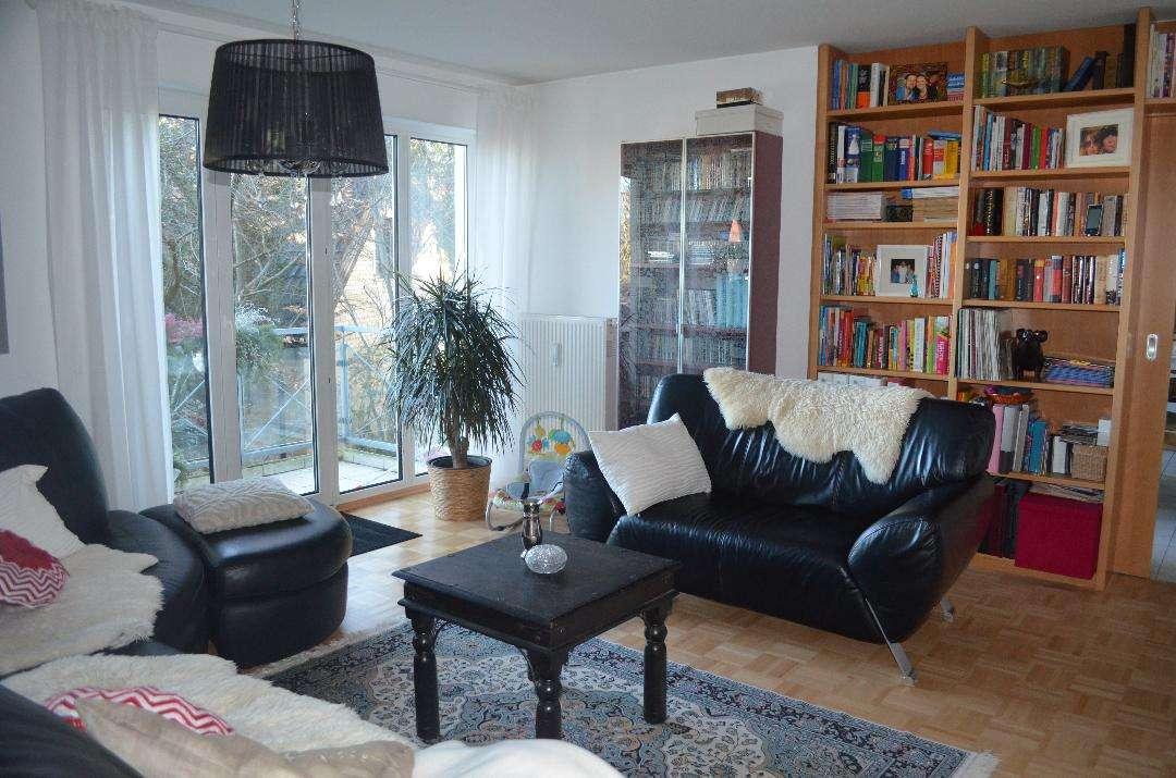 Helle, geräumige zwei Zimmer Wohnung in München, Trudering in Trudering (München)