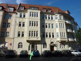 Fassade Eingang Planckstraße
