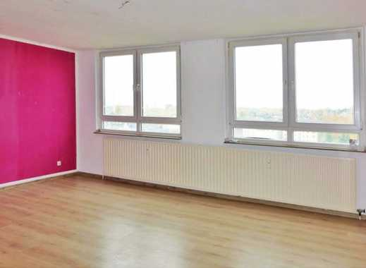 AUFZUG und BALKON … 3- 4 Zimmer wählbar/ bei Jobcenter mieten ab 5 Personen okay