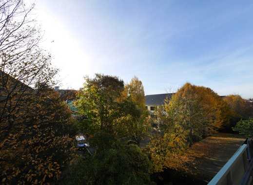 Helle Wohnung mit modernem Grundriss und großem Balkon in Rodenkirchen!!