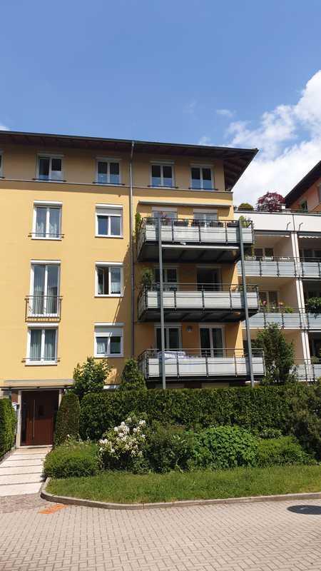 Hummelstein! Renovierte & großzügig geschnittene 3-Zimmer-Wohnung mit Balkon! in Hummelstein (Nürnberg)