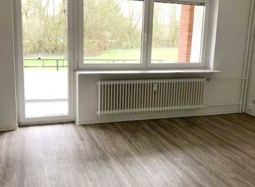Hier fair-mieten: top renovierte 3-Zimmer Erdgeschosswohnung mit Balkon und Einbauküche