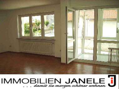 4 Zi.-Wohnung mit Sonnenloggia im Regensburger Süden