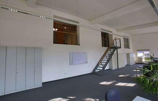 Großraumbüro EG