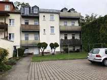 Gemütliche 2 Zimmer-Dachwohnung mit Balkon
