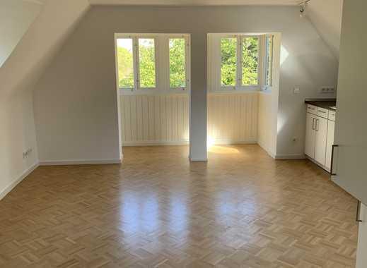 Skyblick an der Grenze zu Frankfurt - Traum-DG-Wohnung mit Spitzboden u. Klimaanlage