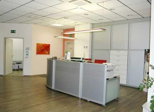 Bezugsfrei-260m² für Praxis, OP, Büro, Therapie im Facharztzentrum DO-Brackel ab sofort zu vermieten