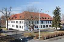 Helle Bürofläche mit repräsentativer Campus