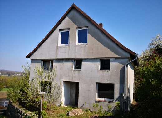 Kleines renovierungsbedürftiges Haus mit Traumausblick Im Kalletal