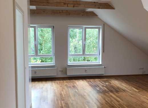 Helle Maisonette-Wohnung mit Garten in Neukeferloh