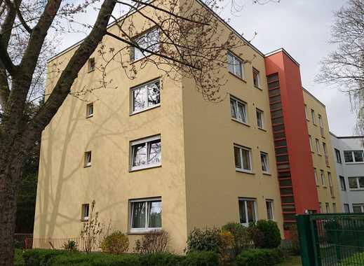 Gepflegte 4,5-Zimmer-Erdgeschosswohnung mit Balkon in Finkenberg, Köln