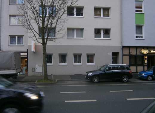 Erstbezug nach Sanierung: ansprechende 2-Zimmer-Wohnung mit neuer Einbauküche und Balkon in Bochum