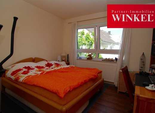RENOVIERTE 2-Zimmerwohnung in zentraler Lage von Buchholz -Balkon, Wannenbad, TG-Stellplatz-