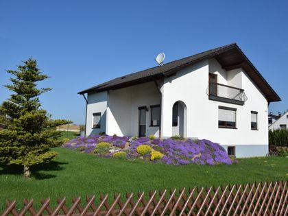 haus mieten landshut kreis h user mieten in landshut kreis bei immobilien scout24. Black Bedroom Furniture Sets. Home Design Ideas