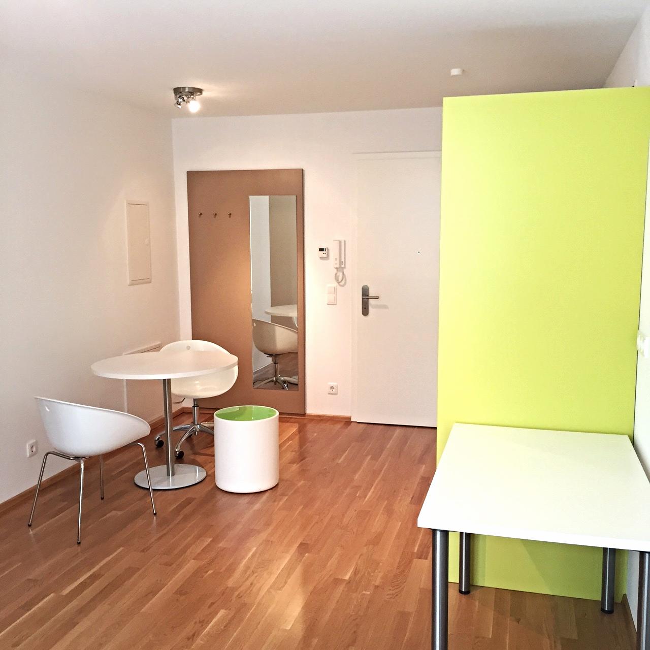 Möbliertes Studenten-Apartment mit Terrasse in Tennenlohe (Erlangen)