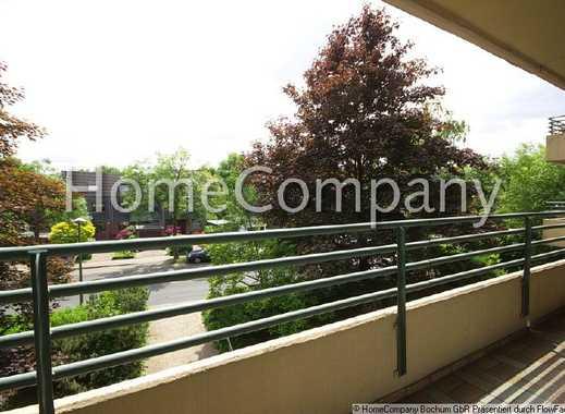 Ansprechende Wohnung mit Parkettboden, großem Balkon und KFZ-Stellplatz in guter Lage