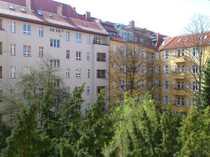 - Nähe Volkspark City-Altbauwohnung mit Lift