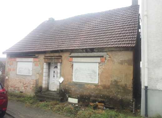 *A-009* Haus in guter Lage (Sanierungsobjekt)