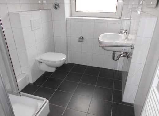 Schöne 3-Zi.Whg., offene Küche , Duschbad m. Fenster, Stellplatz, Terrasse zur Allgemeinnutzung.