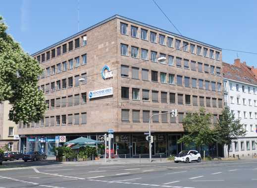 Büro mit Burgblick
