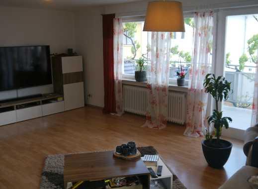 Gepflegte Wohnung, 4 Zimmer, Küchenzeile, Bad, WC, Balkon, 115 qm in Bestlage