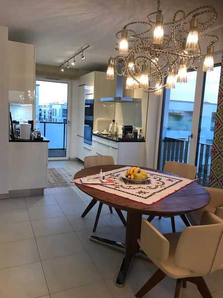 1.800 €, 88 m², 3 Zimmer in Riem