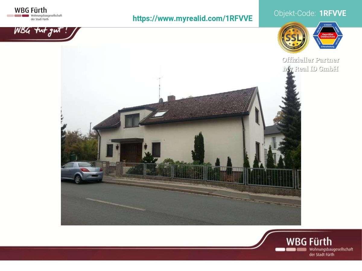 Großzügige 2-Zimmer Wohnung in 2-Familienhaus mit großer Loggia in Stadeln / Herboldshof / Mannhof (Fürth)