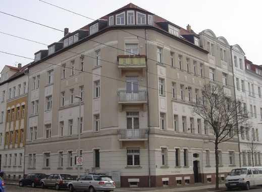 Attraktive 3-Raum-Dachgeschoßwohnung mit Balkon