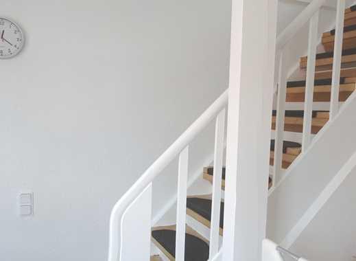 Altstadtflair inklusive: Vermietete ETW mit originellem Grundriss in einem Zweifamilienhaus!
