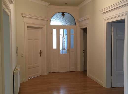 5-Zimmer-Stilaltbauwohnung (Maisonette) im alten Dichterviertel, ruhig und zentral gelegen