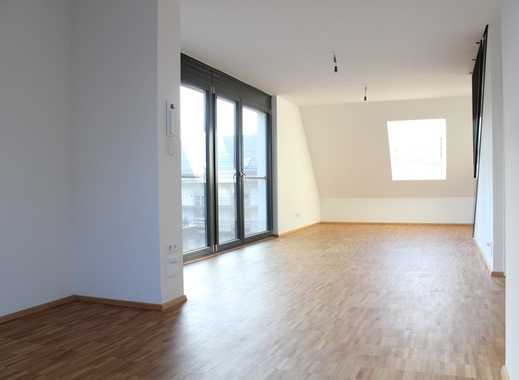 Exklusive, neuwertige 2-Zimmer-Maisonette-Wohnung mit Balkon und Einbauküche in Ludwigsburg