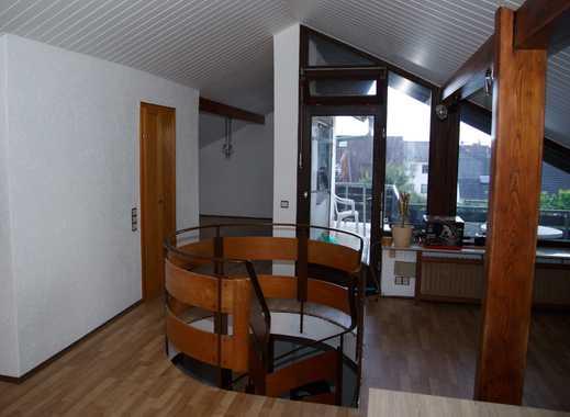 Sonnige 4-Zimmer-Maisonette-Wohnung mit Balkon in Griesheim