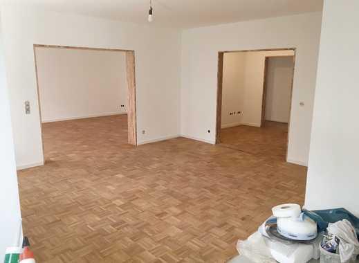 Erstbezug nach Sanierung: ansprechende 4-Zimmer-Wohnung mit 2 Balkonen in Lindenthal, Köln
