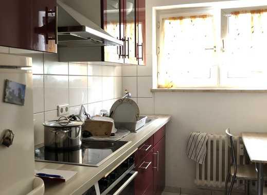 2-Zimmer-Wohnung, großer Balkon, Tageslichtbad, Einbauküche