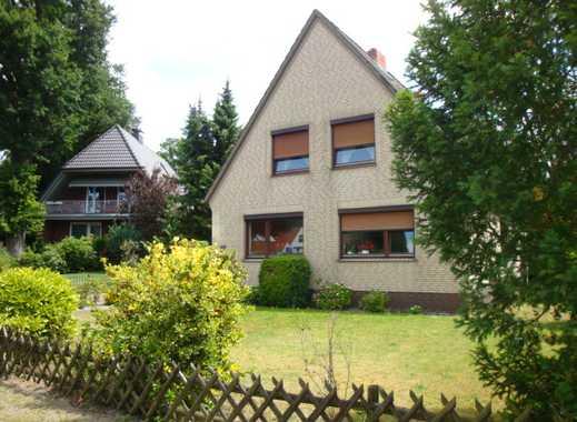 Borgfeld! Freundliche Dachgeschosswohnung in idyllischer Lage!