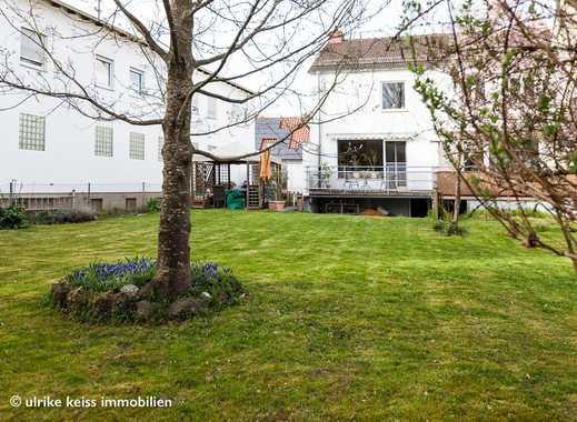 Kleines Häuschen mit Balkon! Schöne Böden! Gartenmitbenutzung!