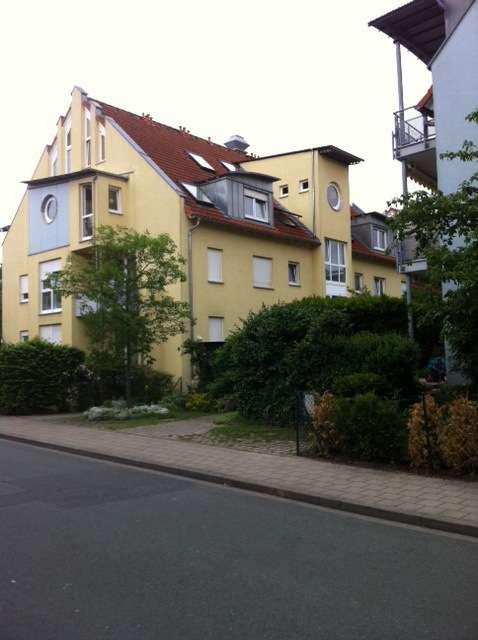 Helle 1-Zimmerwohnung mit EBK und TG-Stellplatz in Ronhof / Kronach (Fürth)