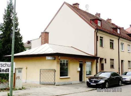 Mehrfamiliehaus mit 3 Parteien  in Moosach