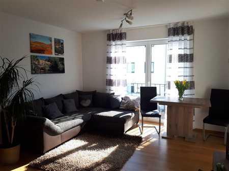 Helle 2 Zimmer Wohnung in zentraler, jedoch ruhiger Lage! in Lappersdorf
