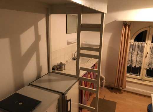 Schöne möblierte 2-Zimmer Wohnung in günstiger und ruhiger Lage