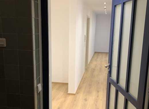 1.050 €, 100 m², 2 Zimmer