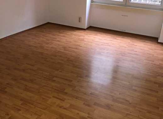 FFM Nordend stilvolle, geräumige 1-Zimmer-Maisonette-Wohnung kl.Terrasse