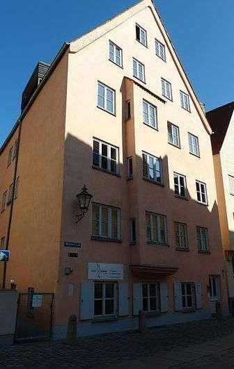 2 ZKB - wunderschön saniert - in Augsburger Altstadt (ID: ML/W3) in
