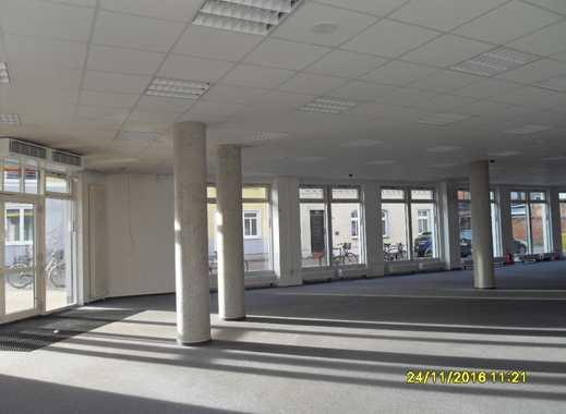 Ladenlokal / Büro / Praxis in Güstrow, Eisenbahnstraße