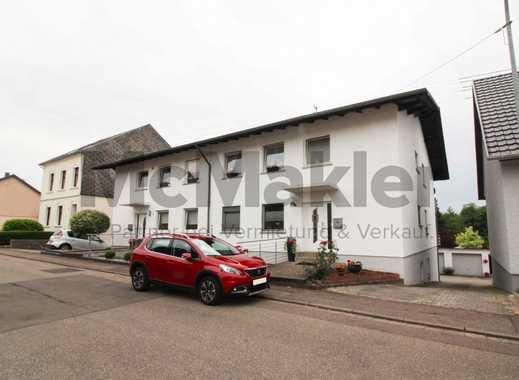 Unweit der französischen Grenze: Große 4-Zi.-Souterrainwohnung mit Terrasse und Garage